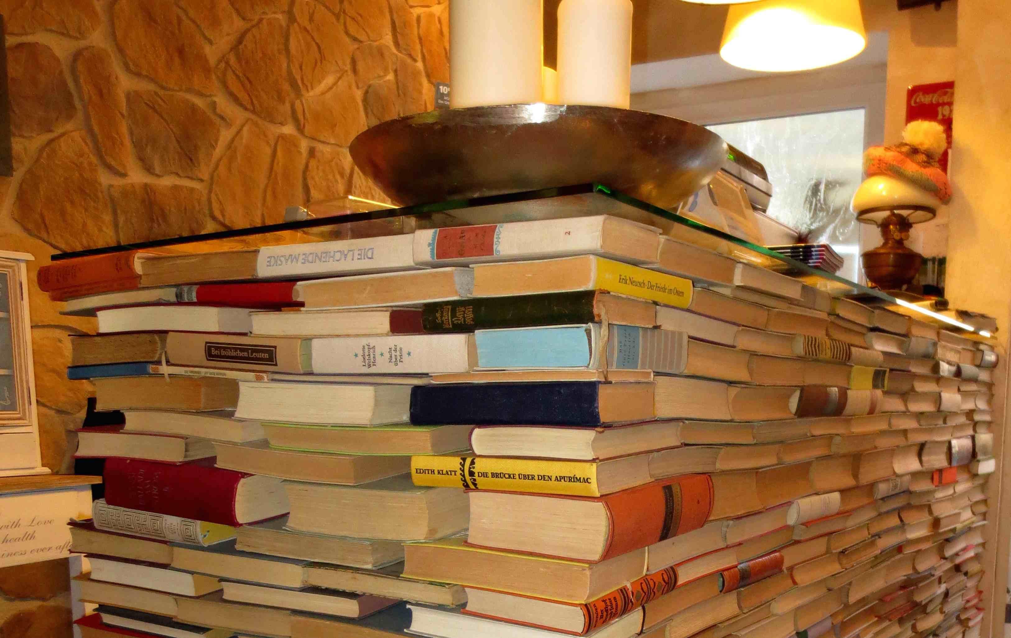 Büchertresen_smf