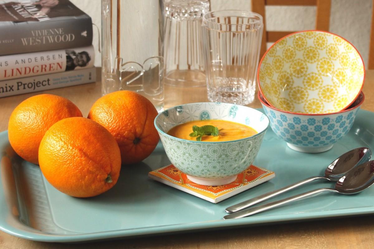 Detox Suppe: Orangen, Möhren und ein bisschen Ingwer.