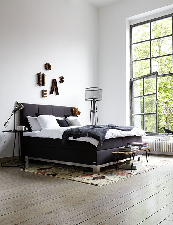 boxspringbetten messe trend auf der imm cologne. Black Bedroom Furniture Sets. Home Design Ideas