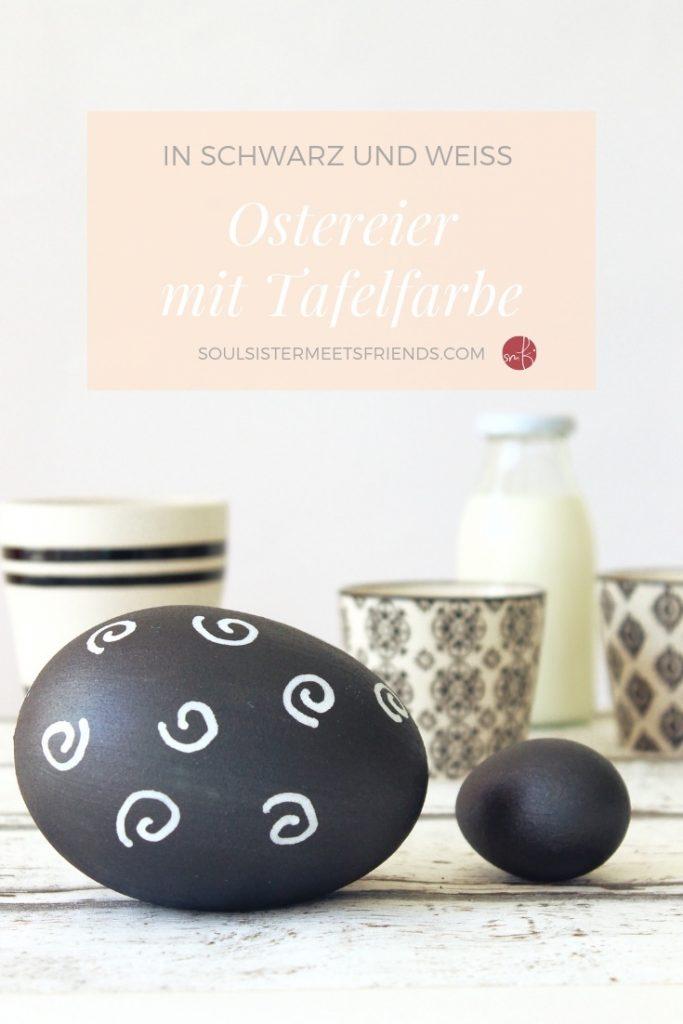 Ostereier mit Tafelfarbe bemalen. Ideal als Tischkärtchen zum Osterbrunch!