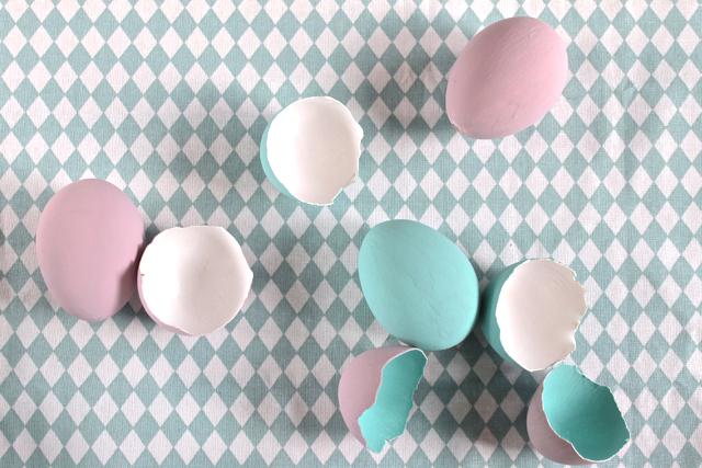 Easy DIY zu Ostern. Ostereier in zarten Pastellfarben