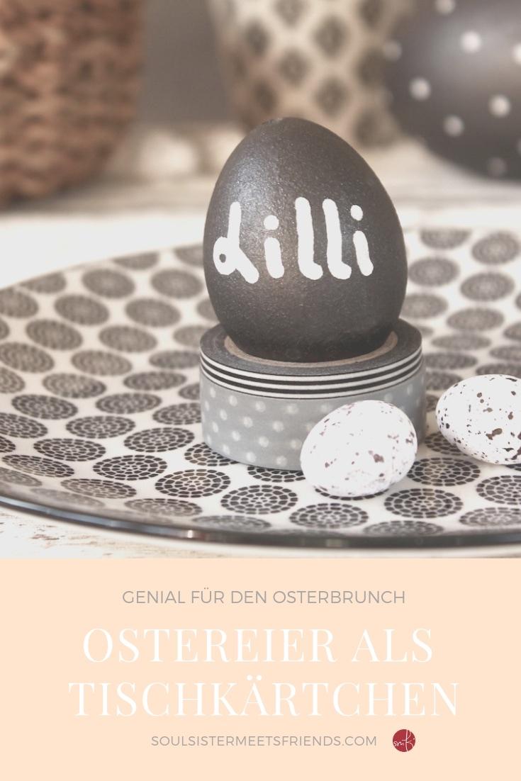 Ostereier mit Tafelfarbe bemalen. Zum Beispiel als Tischkärtchen!