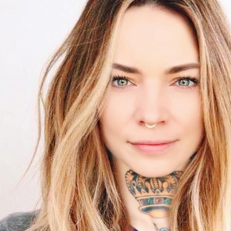 Wencke-Schuhmann-Tattoos-Krone-interview-auf-soulsistermeetsfriends