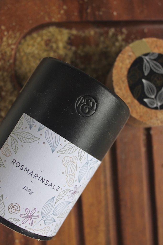 Lecker zum Grillen: Focaccia mit Rosmarin.