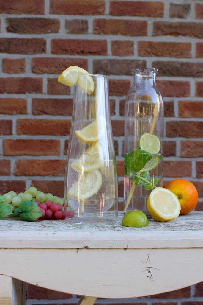 Infused water: so frisch, so lecker! Aromatisiert mit Basilikum, Minze, Orange & Co.