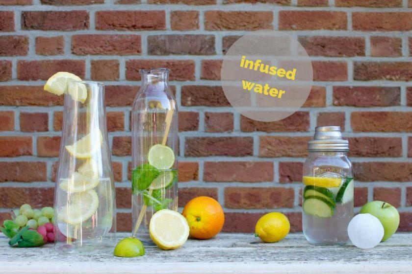 infused_water_zwei_liter_wasser_trinken_bei_Hitze_soulsistermeetsfriends