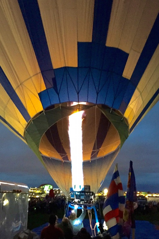 albuquerque_international_balloon_fiesta_burning_the_engines_soulsistermeetsfriends