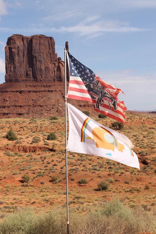 roadtrip_westcoast_usa_monument_valley_soulsistermeetsfriends_view_navajo_nation