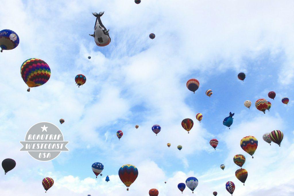 Atemberaubend schön: die Albuquerque International Ballon Fiesta. New Mexico, USA.