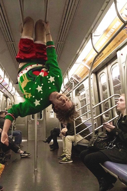 Ein ganz besonderer Adventskalender: 25 Christmas Sweaters