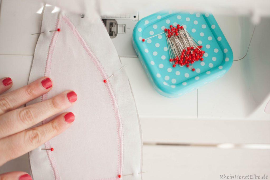DIY Tutorial: Hasenkissen mit Schnittvorlage