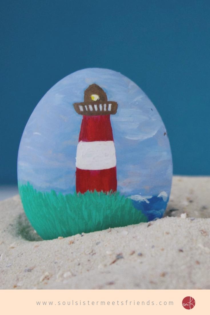 Ostereier bemalen mit Wasserfarben: der Hörnumer Leuchtturm