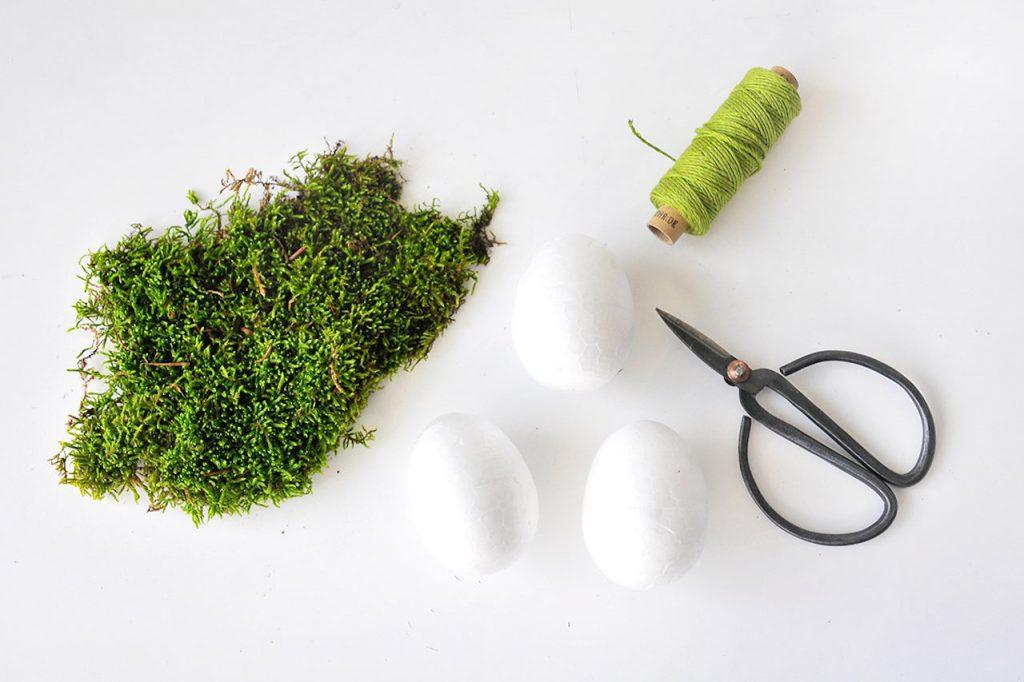Easy DIY: Ostereier mit Moos begrünen