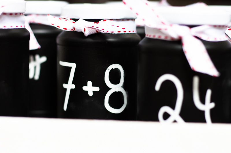 Upcycling Adventskalender mit Tafellack