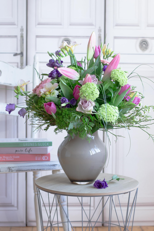 Blumendeko zu Ostern: üppig und bunt!