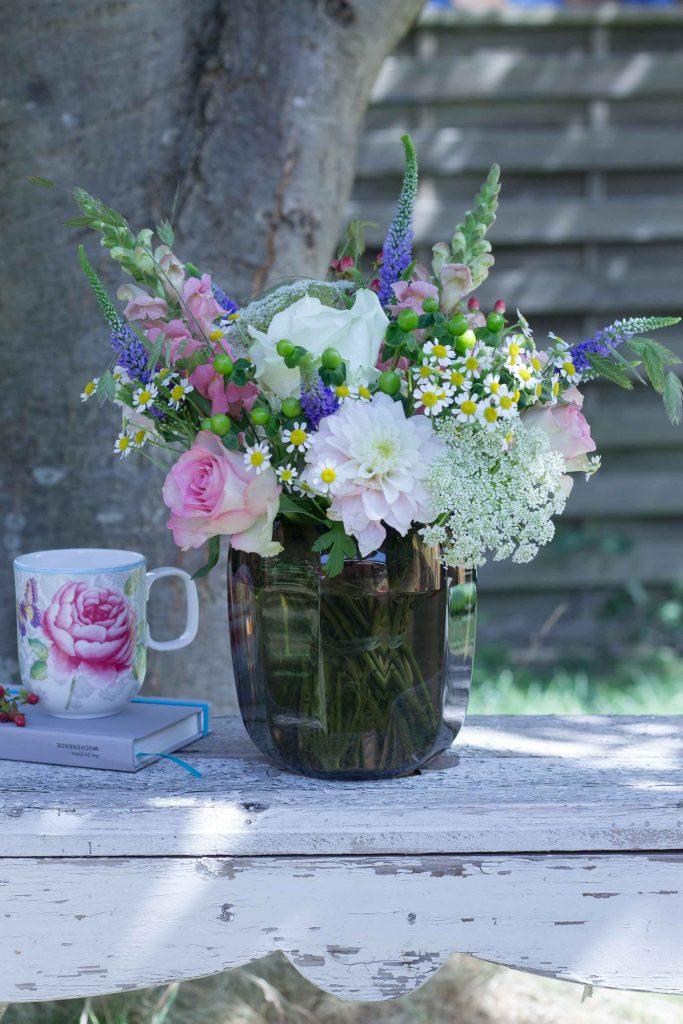 Blumendeko: Sommerblüher, #Rosen, Chrysanthemen und Gräser
