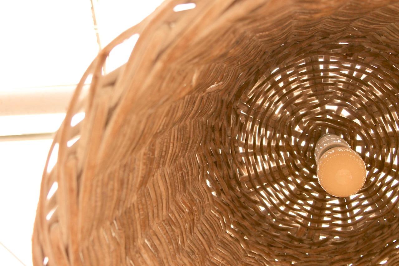 DIY: Wohnen mit Körben – ein Korb als Lampenschirm