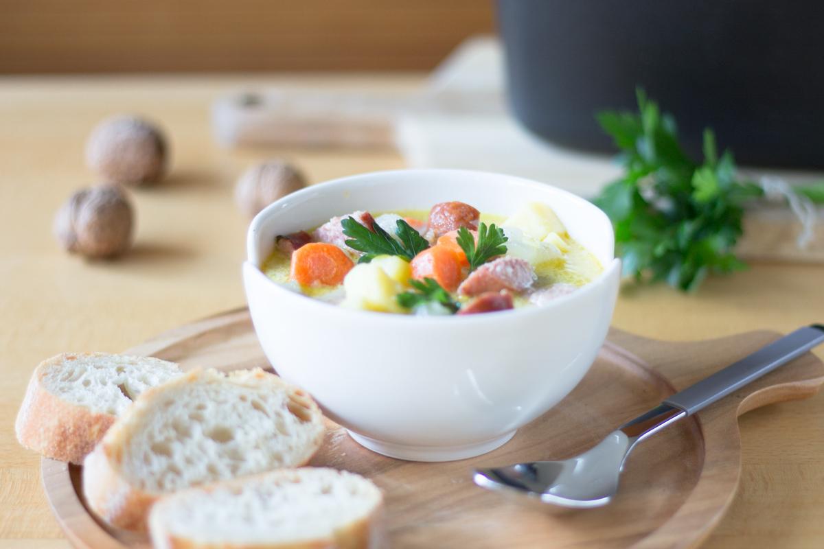 Soulfood: Gemüse-Eintopf – vegetarisch oder mit Mettenden