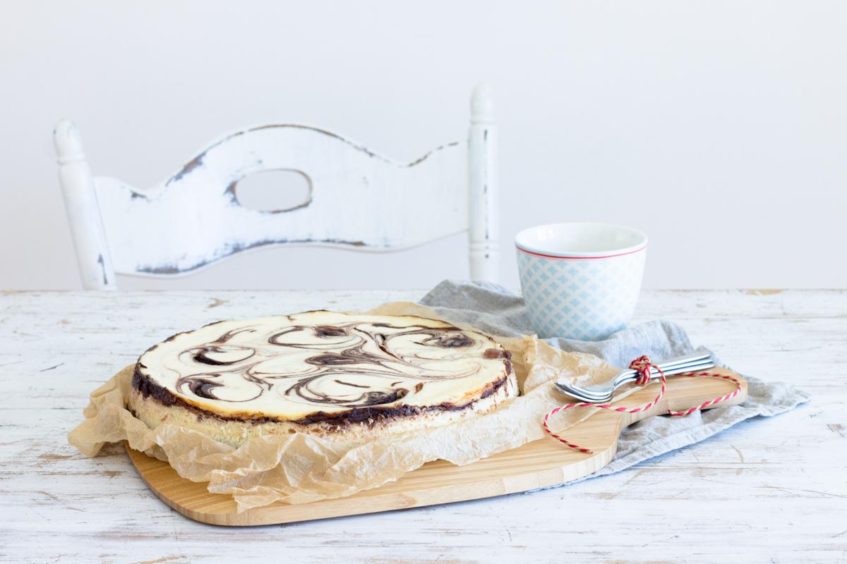 Cheesecake mit Schoko-Swirl: Käsekuchen mit Wow-Effekt!