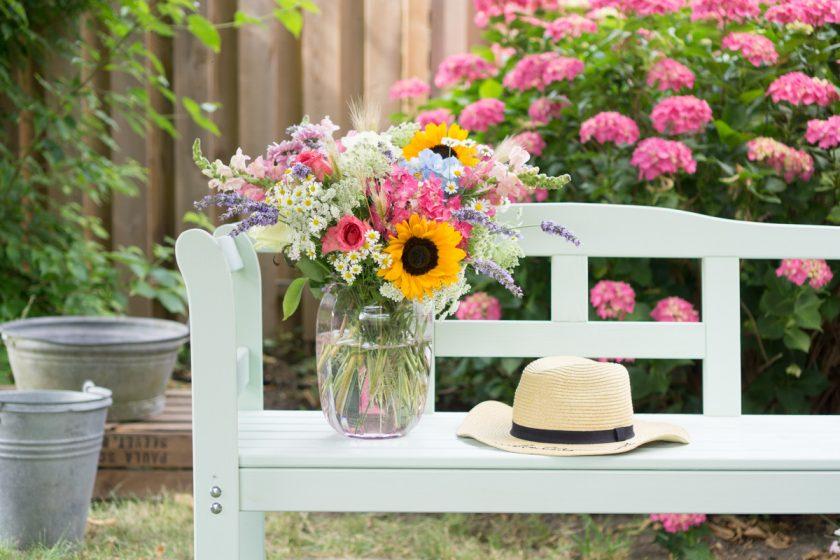 Sommerblumen: so bindest du einen üppigen Blumenstrauß!