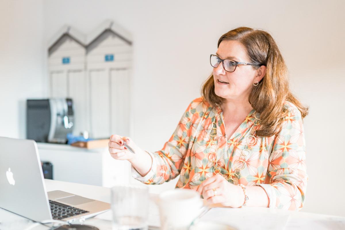 Katrin Rembold: Journalistin und Texterin. Copywriting, PrR, Kooperationen, online Workshop Storytelling