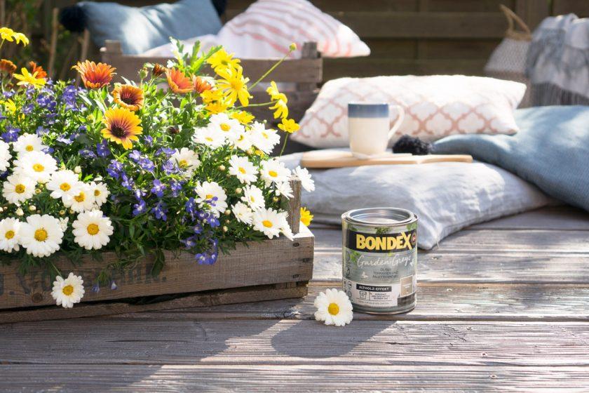 Outdoor Hygge: Treibholz-Look für die Terrasse im Garten