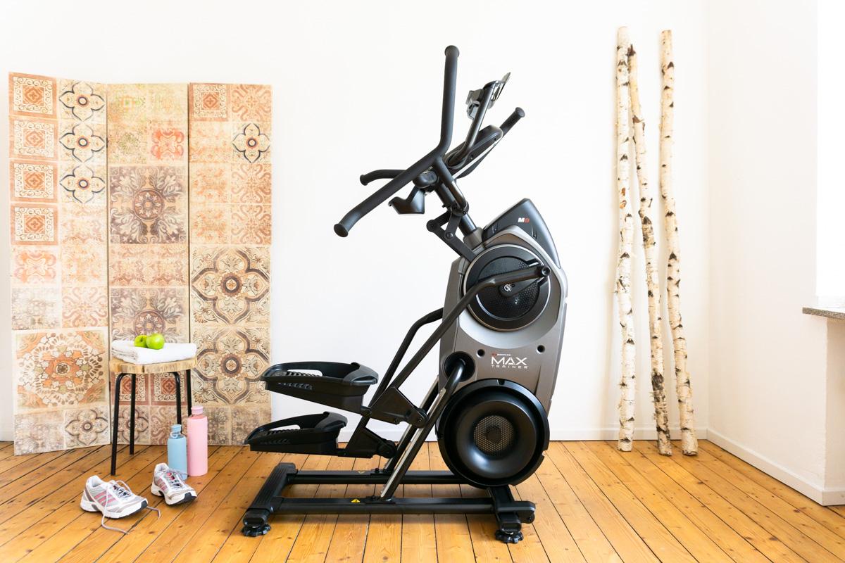 Fit im Home Gym: Fitness zuhause mit dem Bowflex Max Trainer M8i. Er sagt - sie sagt.