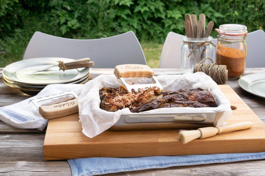 Frisch aus dem Smoker: BBQ Pulled Pork Südstaaten Style