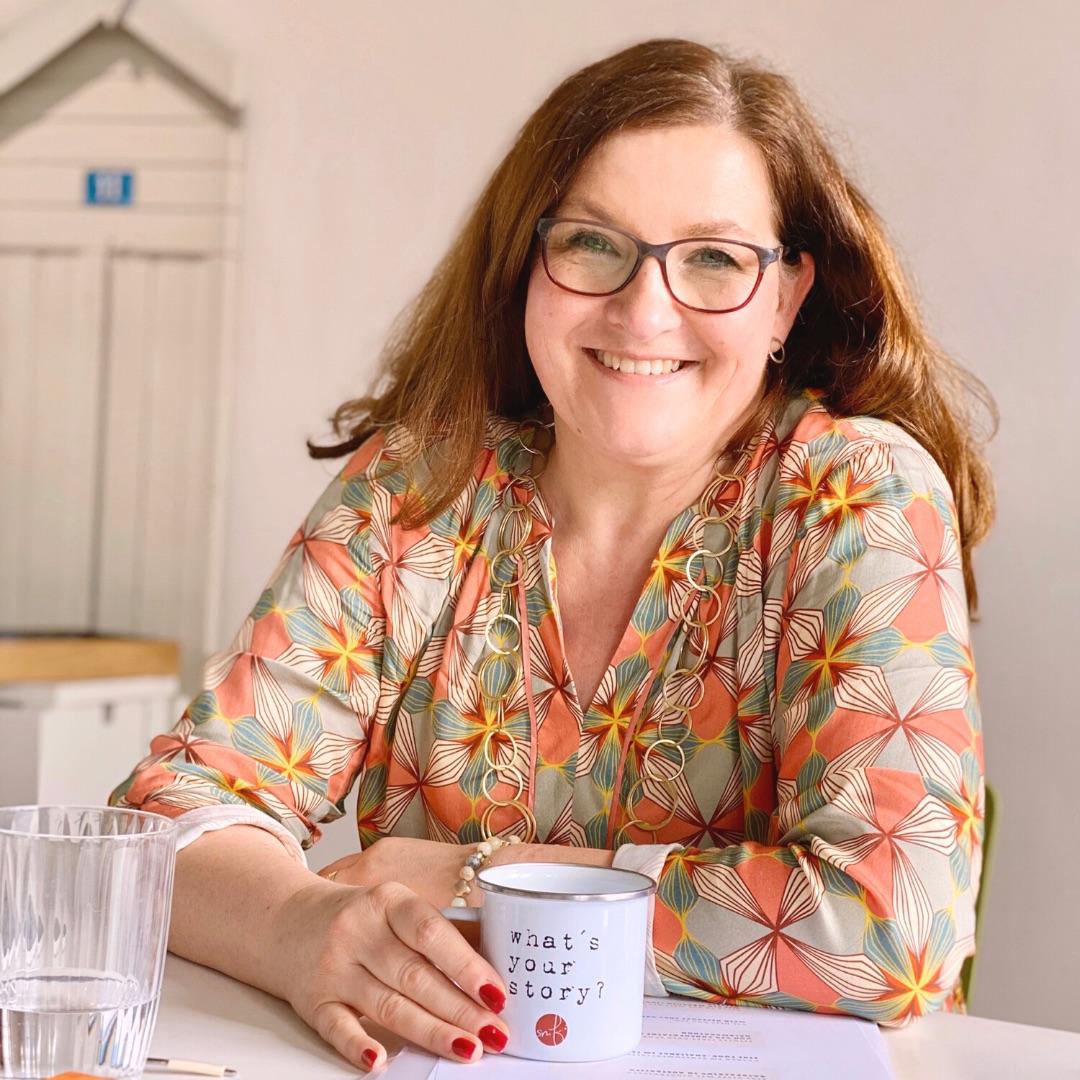 Katrin Rembold, Journalistin. Freelancer für Copywriting, about me Texte, Autorenbeschreibung und mehr. Düsseldorf.