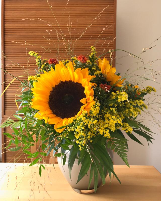 Blumenstrauß Spätsommer mit Sonnenblumen